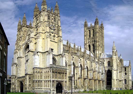 Secundaire bedevaartsplaatsen op de britse eilanden tijdens de middeleeuwen - Verblijf kathedraal ...